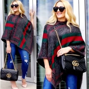 PAULETTE Soft Hooded Poncho Sweater Fall Trend